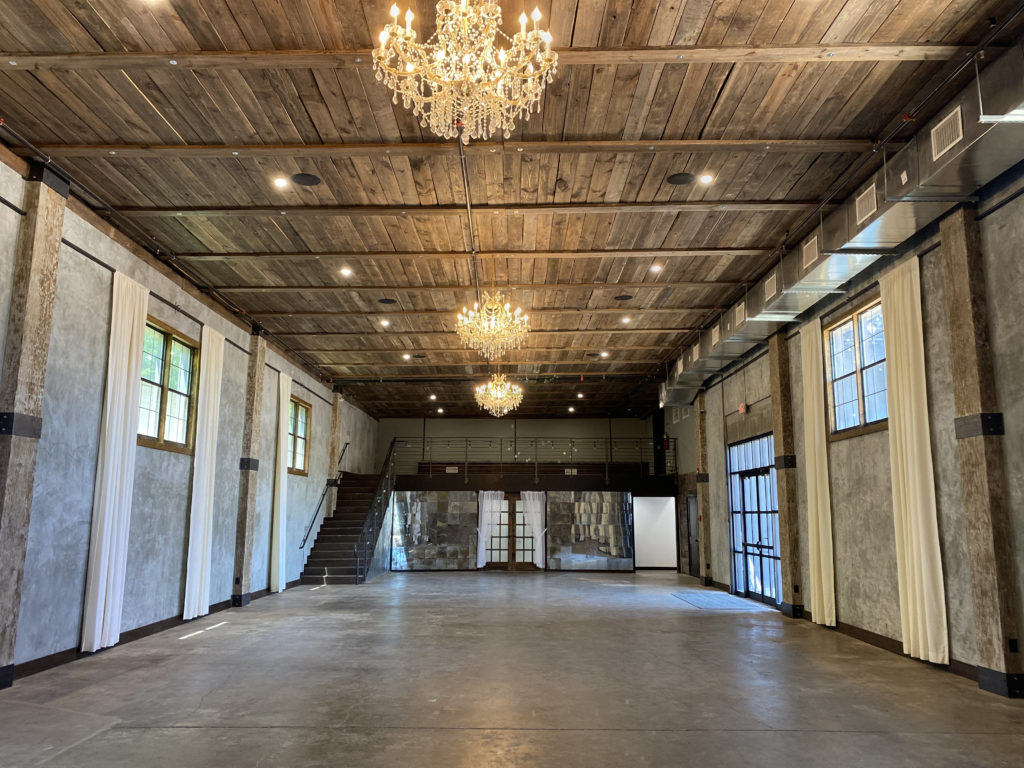main hall of venue 102 wedding and event venter in Edmond, OK