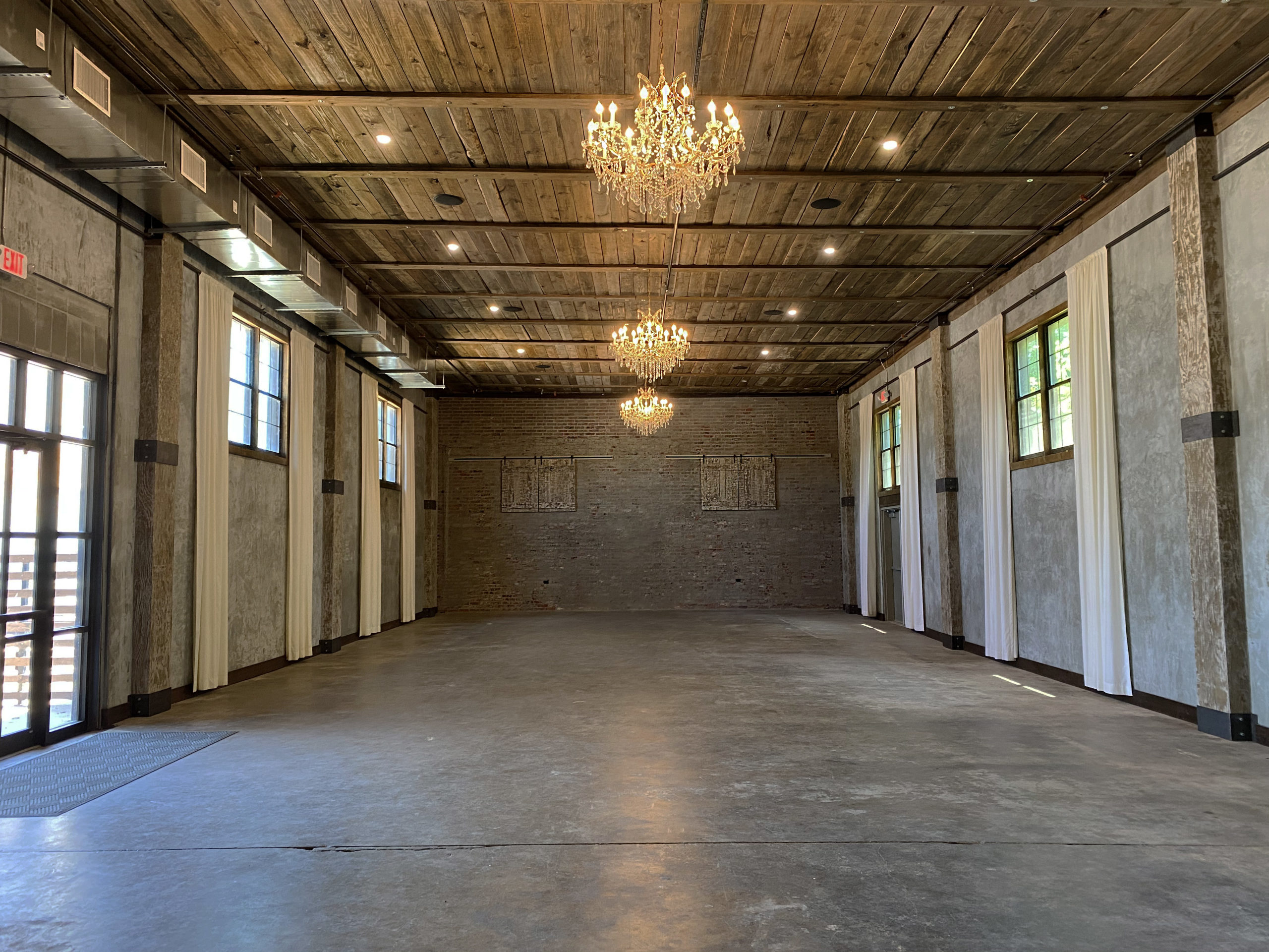main hall of venue 102 wedding and event space in Edmond, OK